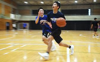バスケットボール部練習の画像